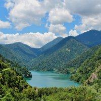 Абхазия. Озеро Рица... :: Борис Шубин