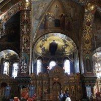 Успенская церковь подворья Оптиной пустыни. Убранство храма :: Елена Павлова (Смолова)