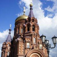 Богоявленская церковь— действующий православный храм. Гутуевский остров, Двинская ул., д. 2. :: Елена Смолова