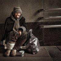 О доброй бабушке из перехода :: Александр Поляков