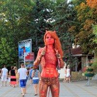 В красных тонах. :: Сергей