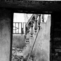 Старый двор :: Юлия Беленкова