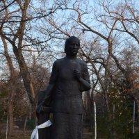 Памятник солдатской матери А.А.Ларионовой :: Savayr