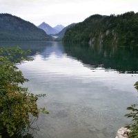 Озеро в горах :: Алёна Савина