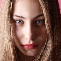 Взгляд всё говорит... :: Ульяна Гаджиева