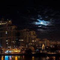Ночь в городе... :: Илья Подоляко