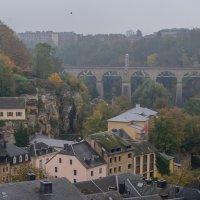 Мост в Люксембурге :: Witalij Loewin