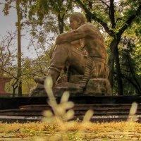 памятник афганцам :: Александр Корчемный