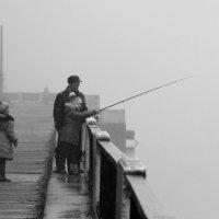 С папой на рыбалке :: dmitriy-vdv