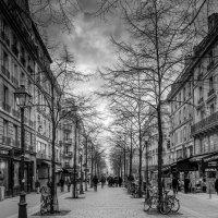 На улицах Парижа :: Марат Закиров