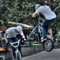 bicycle street sport :: Eduard Mirakyan