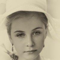 Разве правда, что магии нет? Она в душах сокрыта и в сердце. :: Ирина Данилова