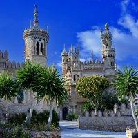 В предзакатных лучах. Замок Коломарес. Испания. :: Виталий Половинко
