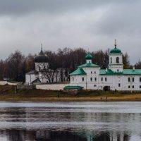Прогулка по Пскову :: Владимир Демчишин