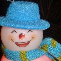 Весёлый снеговичок :: Нина Корешкова