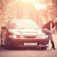 Девушка на дороге :: Евгений Ланин