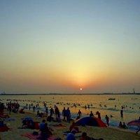 Пляж.Вечер. :: Ирина
