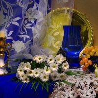 И ветку белой хризантемы... :: Валентина Колова