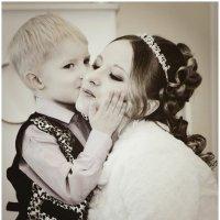 мама с сыном :: Наталья Мерзликина