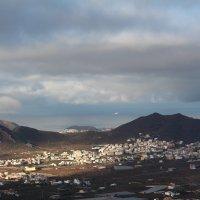 вид на город, остров Тенерифе :: Виктория