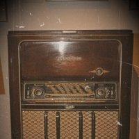 Старое радио :: Eduard Mezker