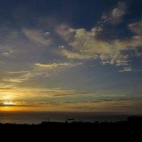 Солнце в облаках :: Валерий Дворников