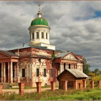 Церковь Троицы Живоначальной в Яхроме :: Дмитрий Анцыферов