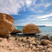 Камни и море. :: Сергей Адигамов
