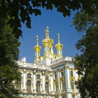 Дворец :: Юрий Крюков