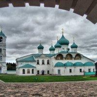 Свято-Троицкий Александро Свирский монастырь :: Виктор Новиков