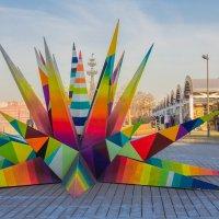 Скульптура на Крымской набережной :: Дмитрий Сушкин