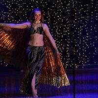 Танец :: Владимир Насыпаный