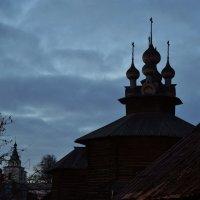 В Ипатьевской слободе :: Дмитрий Близнюченко