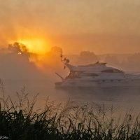 Восход на рейде. :: Виктор Евстратов