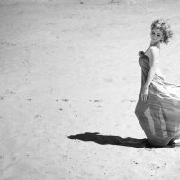 девушка в пустыне :: Iryna Chorna