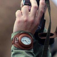 """""""Еще идут, старинные часы..."""" :: Дмитрий Иншин"""