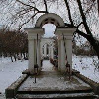 Мост к Ротонде. :: Пётр Сесекин
