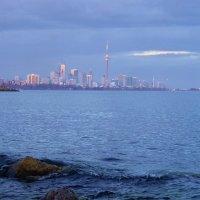 Вечерний Торонто, вид с острова...(2) :: Юрий Поляков
