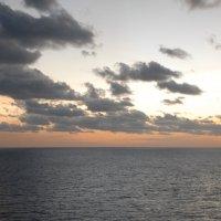 Птица Рух над Карибским морем... :: Владимир Смольников