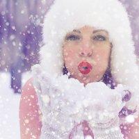 Пушистый снег :: Iryna Chorna