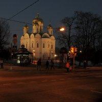 Быстро темнеет в ноябре.. Собор Святой Екатерины :: tipchik