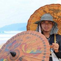 продавец зонтиков :: Юлия