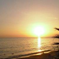 Закат на Средиземном море :: Татьяна Силютина