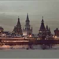 зима, Измайловский кремль :: Дмитрий Анцыферов