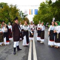 Молдавский национальный костюм :: Nina Streapan