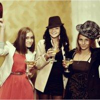 Веселые подружки :: Дмитрий Конев