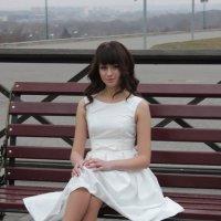 девушка в белом... :: Алёна Филатова