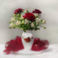 Ваза с розами :: Светлана Л.