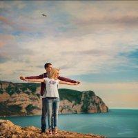Любовь состоит из одной души в двух телах :) :: Алексей Латыш