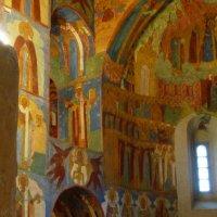 Роспись  стен  собора :: Galina Leskova